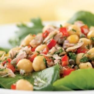 Tuna and chickpea salad