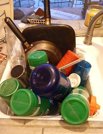 dishes-in-a-sink
