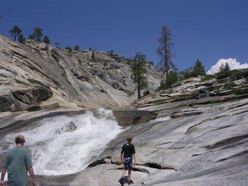 Dinky-Creek-hike