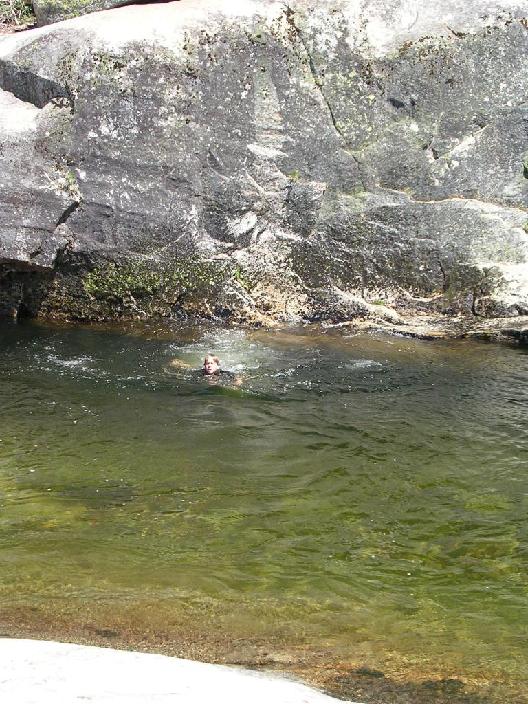 rock-jumping-dinkey-creek