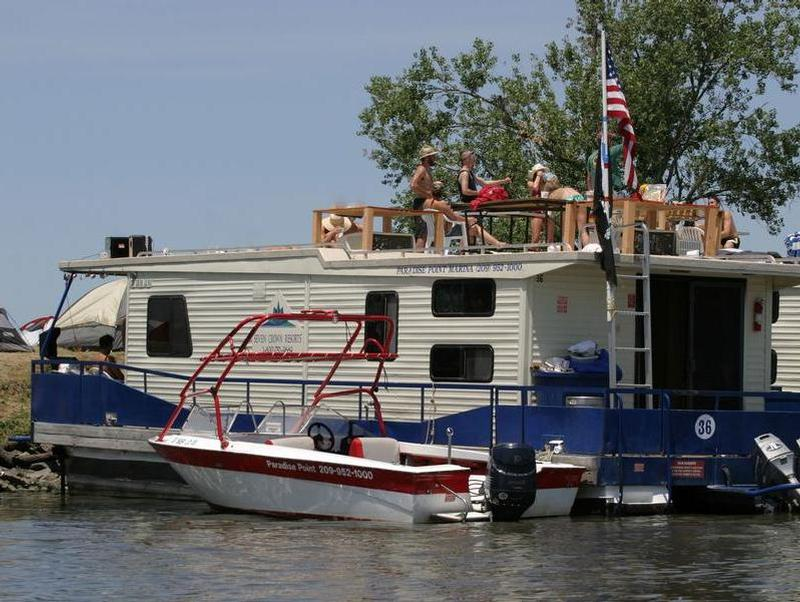 Houseboat with speedboat