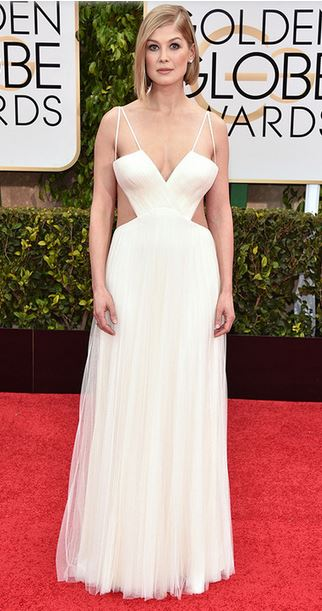 Golden-Globes-2015-Red-Carpet-Rosamund-Pike