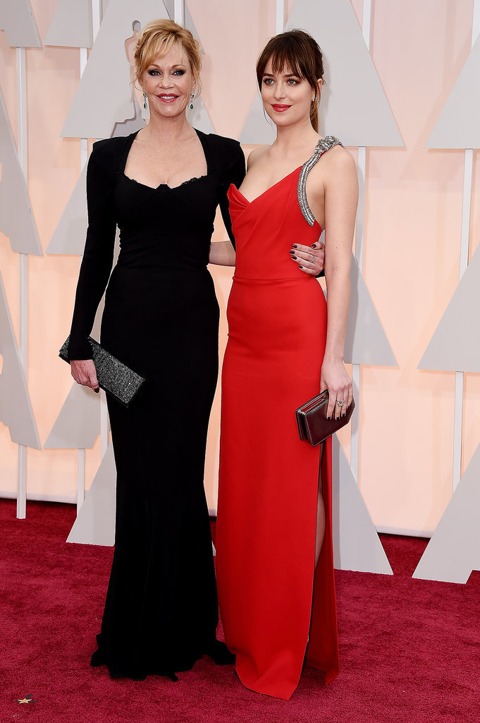 Dakota-Johnson-Melanie-Griffith-Oscars-2015