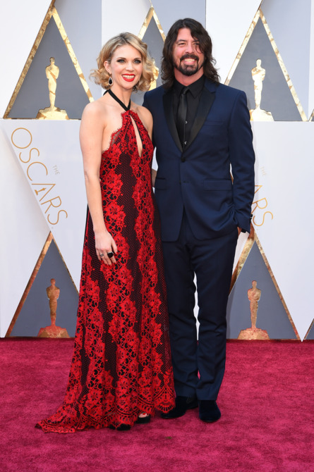 Dave Grohl and Jordyn Blum 2016 academy awards red carpet