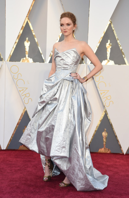 lily-cole-2016-academy-awards-red-carpet