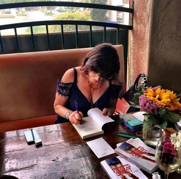 Book Signing.Bellini1