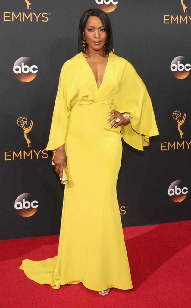 angela-bassett-emmy-awards-2016