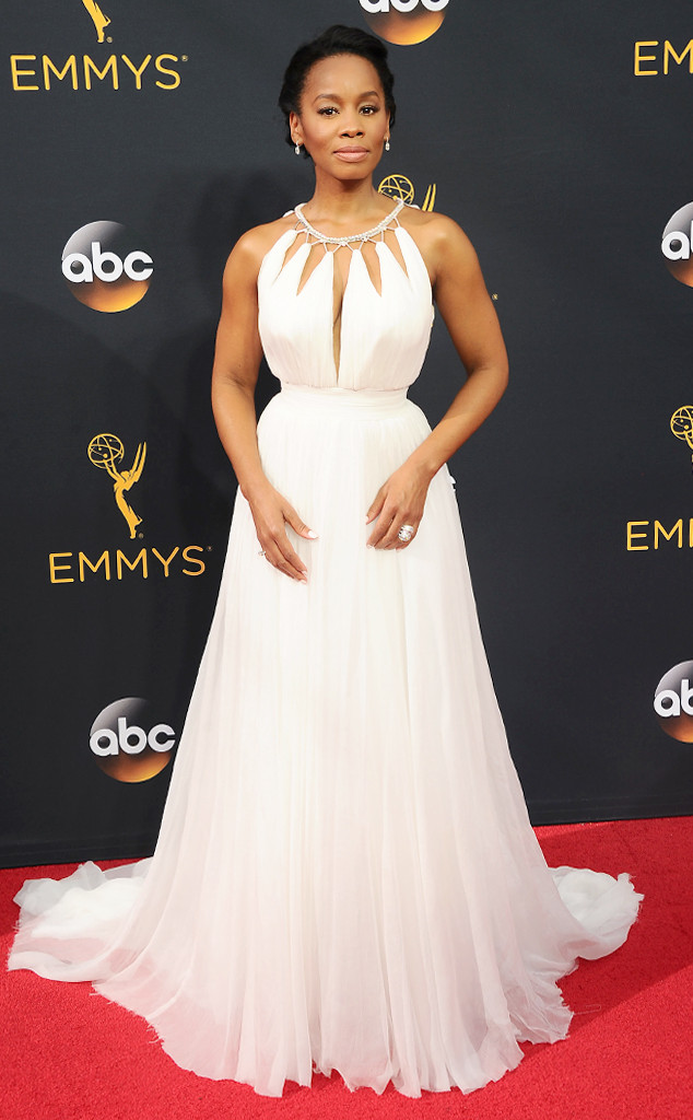 anika-noni-rose-emmy-award-red-carpet