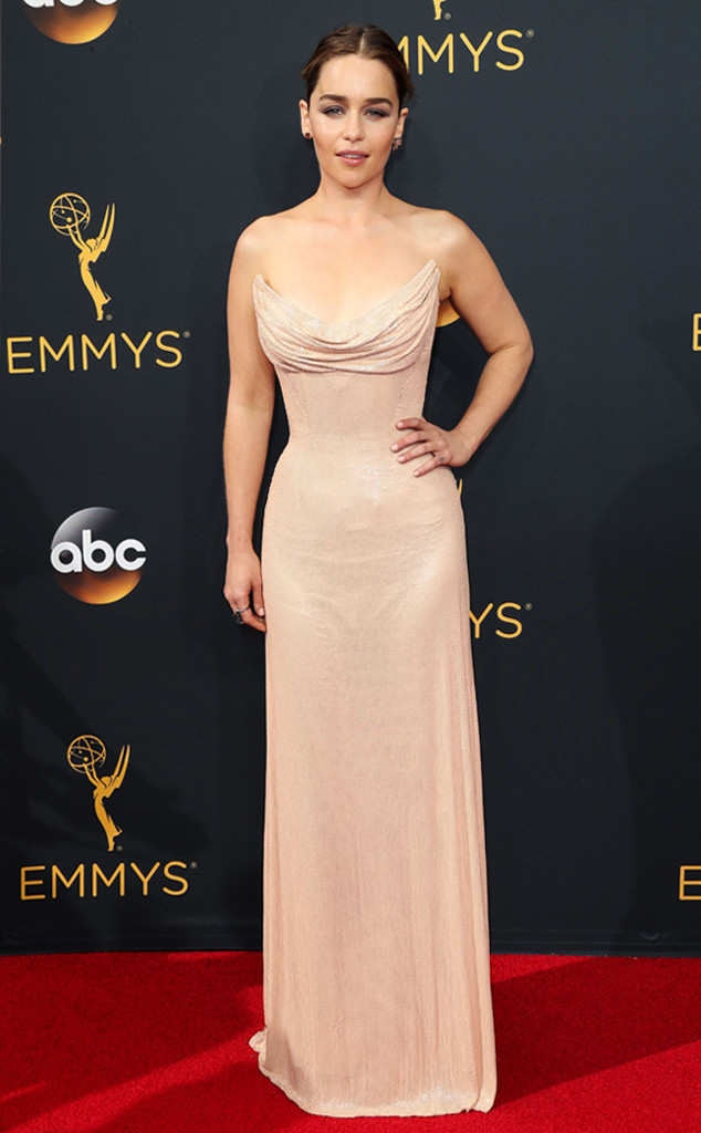 emilia-clarke-emmy-awards-arrivals-2016
