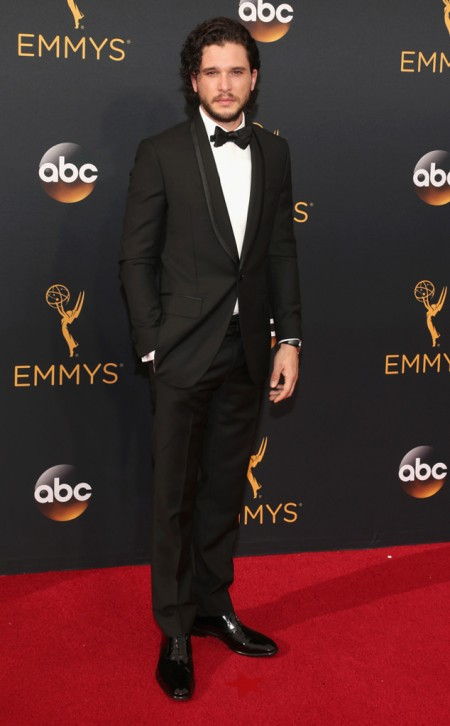 kit-harington-emmy-awards-arrivals-2016