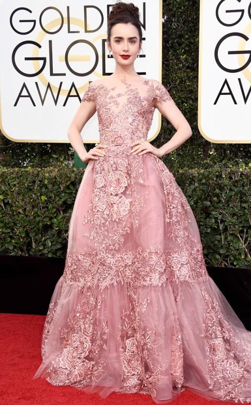 2017-golden-globes-awards-red-carpet-lily-collins