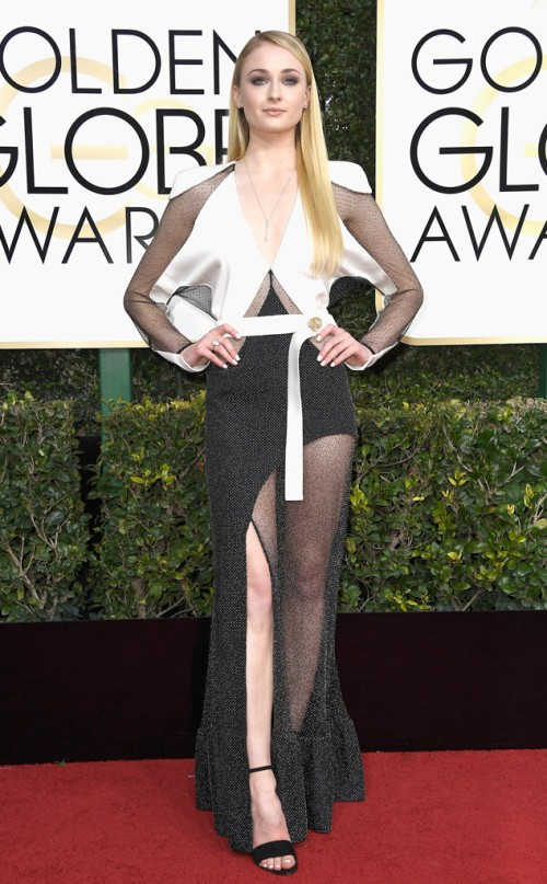sophie-turner-2017-golden-globes