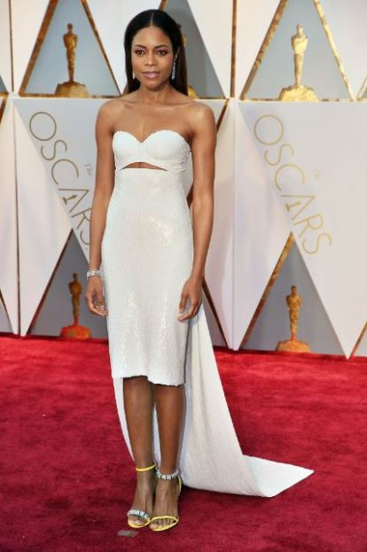 2017-academy-awards-oscars-red-carpet-naomie-harris