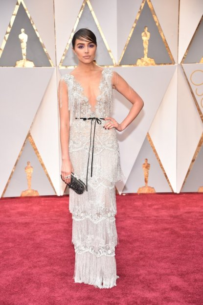 2017-academy-awards-oscars-red-carpet-olivia-culpo
