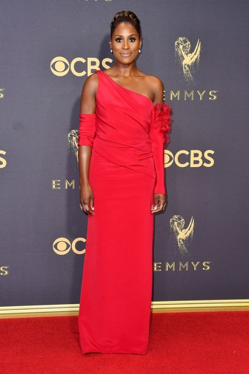 emmys-2017-red-carpet-issa-rae