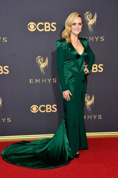 emmys-2017-red-carpet-samantha-bee