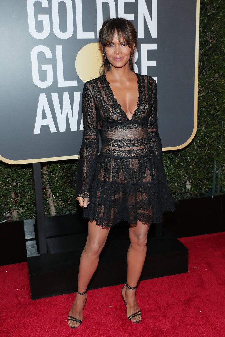 2018 Golden Globe Red Carpet Halle Berry