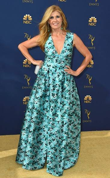 connie-britton-2018-emmy-awards-red-carpet-fashion