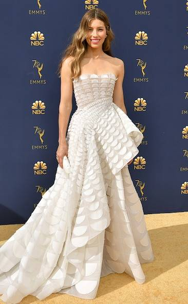 jessica-biel-2018-emmy-awards-red-carpet-fashion