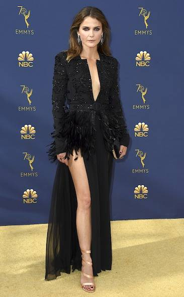 keri-russell-2018-emmy-awards-red-carpet-fashion