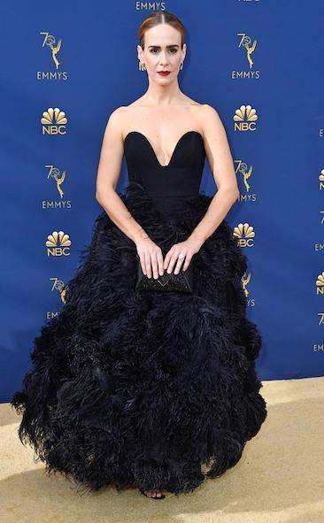 sarah-paulson-2018-emmy-awards-red-carpet-fashion