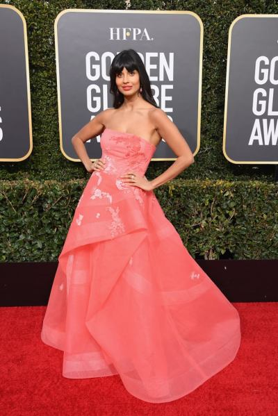 jameela-jamil-golden-globes-gown-2019