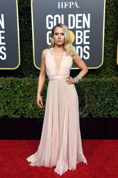 kristen-bell-attends-the-76th-annual-golden-globe-awards-at-news-photo-1078337290-1546822707