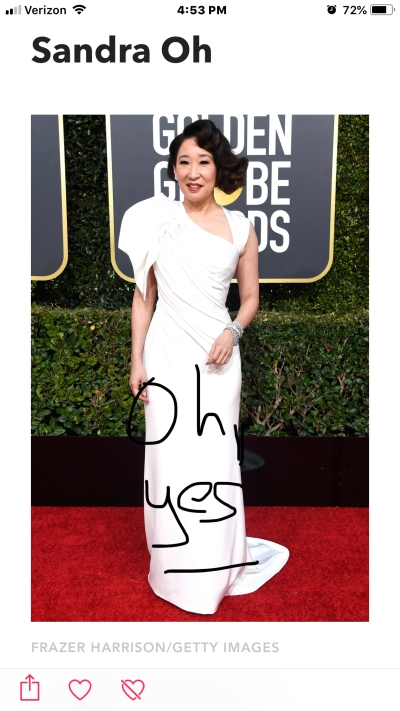 sandra oh golden globes red carpet